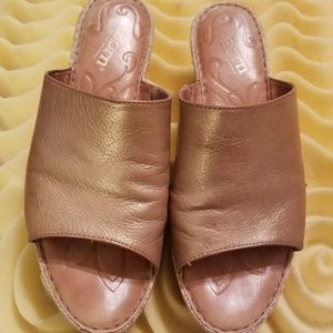 Born gold wedged sandals size 10